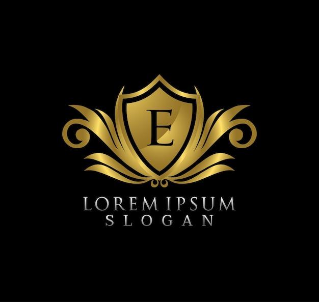 Royal king shield letter e logo-ontwerp