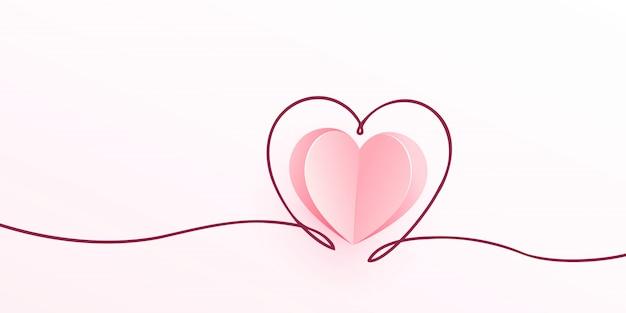 Roze hart uit papier geknipt