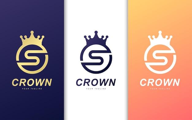 S brief logo met kroon cirkel