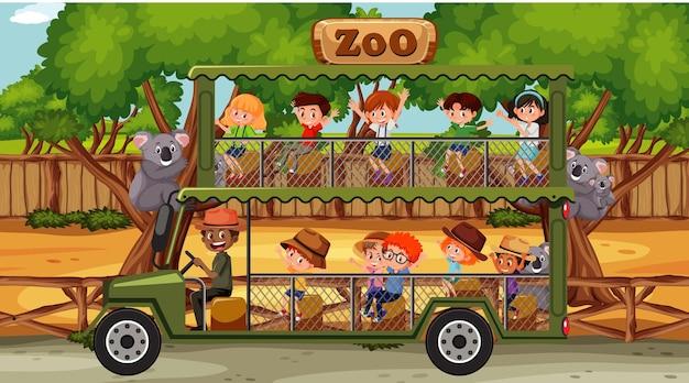 Safari overdag met kinderen in de toeristenauto