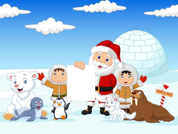 Santa claus die leeg teken met vrienden houdt