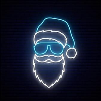 Santa claus in een blauwe hoed en zonnebril in neonstijl.