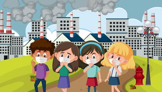 Scène met kinderen die een masker dragen in de vervuilde stad