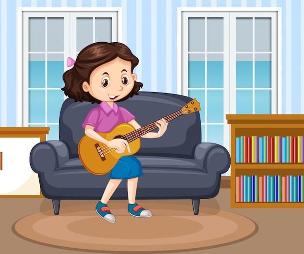 Scène met meisje gitaar spelen in de woonkamer