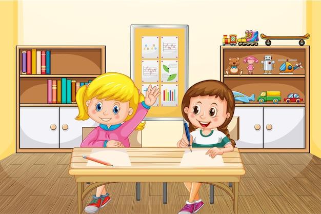 Scène met twee meisjes die in de klas studeren