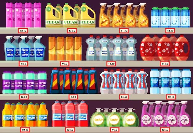Schappen in de supermarkt met schoonmaakmiddelen