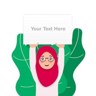 Schattig klein meisje draagt hijab tillen leeg wit bord