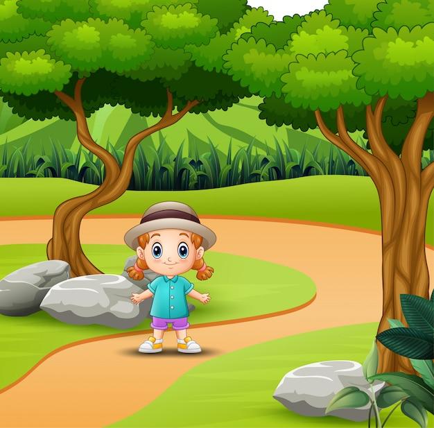 Schattig klein meisje met plezier in de weg