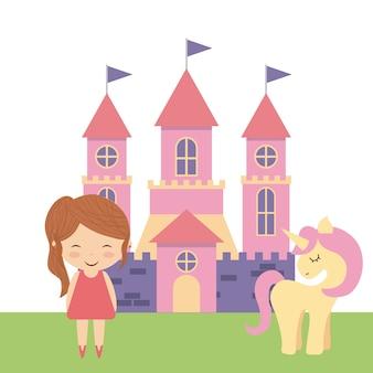 Schattig roze fantasiekasteel