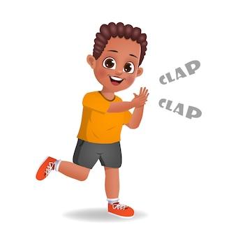 Schattige afrikaanse jongen jongen klappen