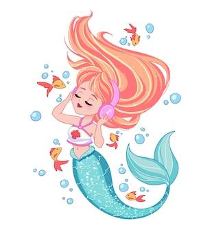 Schattige blondie zeemeermin draagt een t-shirt luisteren naar muziek