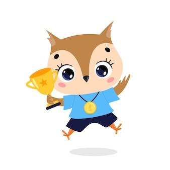 Schattige cartoon platte doodle dieren sport winnaars met gouden medaille en beker. winnaar uilensport