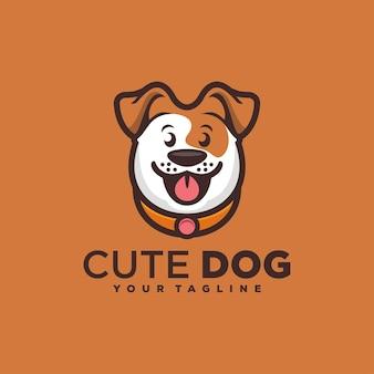 Schattige hond glimlach logo ontwerp