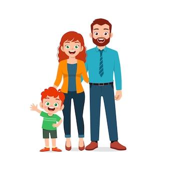 Schattige kleine jongen met mama en papa samen