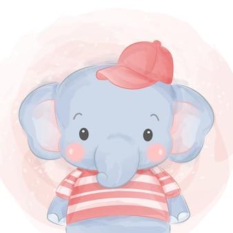 Schattige olifant met shirt en hoed