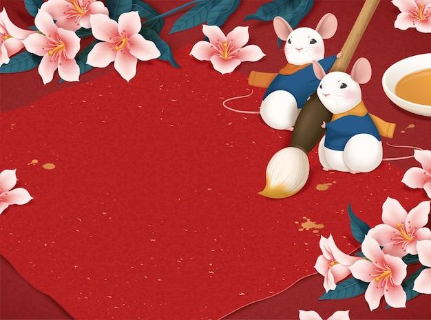 Schattige witte muis is klaar voor het schrijven van maanjaarkalligrafie door penseelpen op rode achtergrond