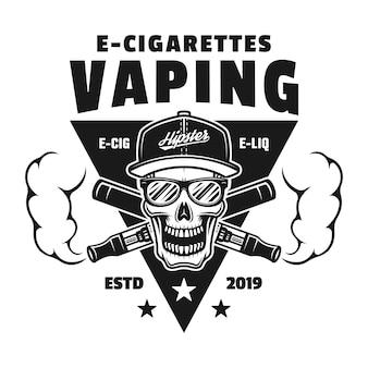 Schedel en twee gekruiste elektronische sigaretten vector monochroom embleem, badge, label of logo geïsoleerd op een witte achtergrond