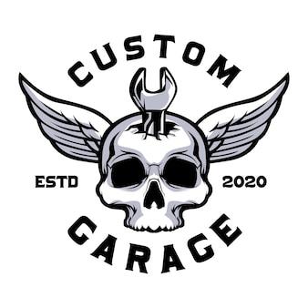 Schedel met moersleutel aangepaste garage
