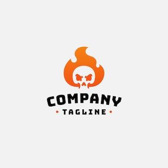Schedel vuur logo ontwerp