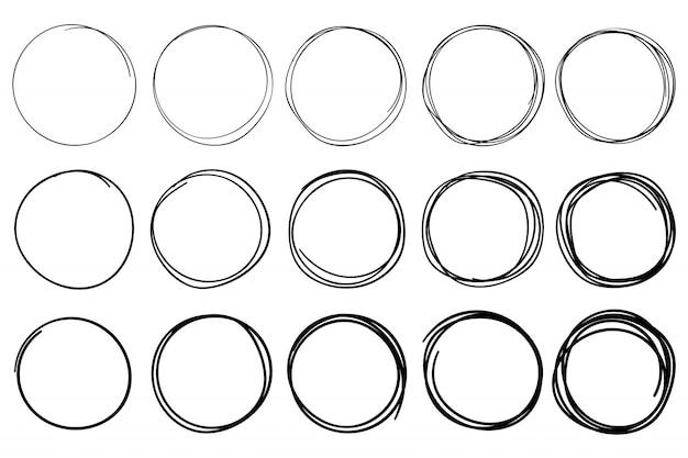 Schets cirkels. circulaire doodle frame, hand getrokken pen beroerte cirkel en omcirkelde frames geïsoleerde vector set