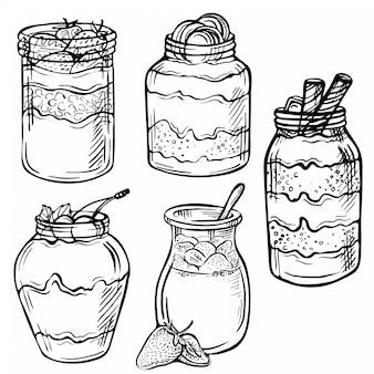 Schets inkt hand getrokken doodle illustratie van een yoghurt met aardbei, chocolade, kers.