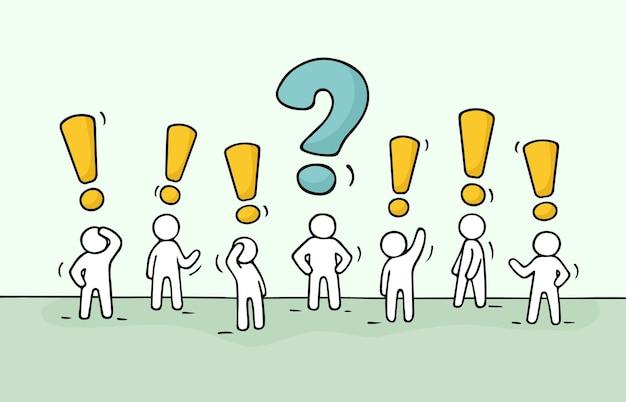 Schets - menigte van werkende kleine mensen met vraagteken en uitroepteken.
