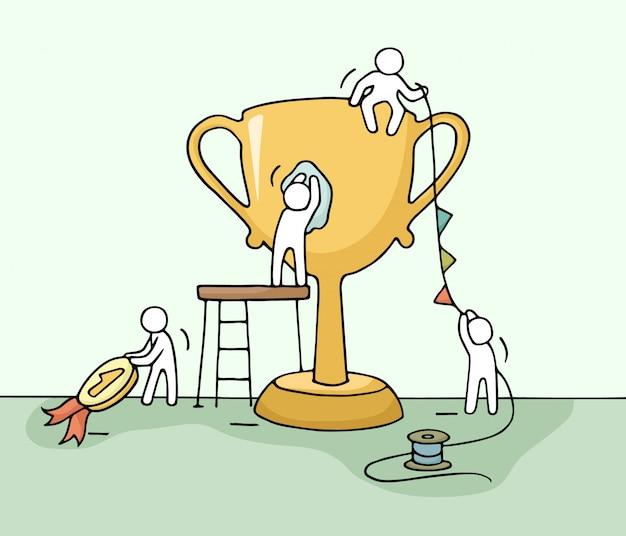 Schets van het werken van kleine mensen met kop, teamwork.