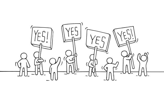 Schets van menigte kleine mensen. doodle schattige miniatuurscène van arbeiders met protesttransparanten. hand getekende cartoon vectorillustratie voor business design en infographic.