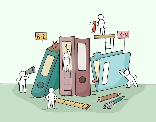 Schets van werkende kleine mensen met mappen, kantoorbenodigdheden.