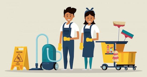 Schoonmakers met schoonmaakproducten