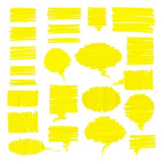 Scribbled realistische markeerstift tekstballonnen