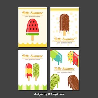 Selectie van platte kaarten met smakelijke ijsjes