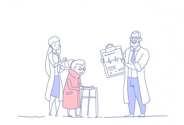 Senior vrouw medische overleg artsen groep gepensioneerde in ziekenhuis gezondheidszorg