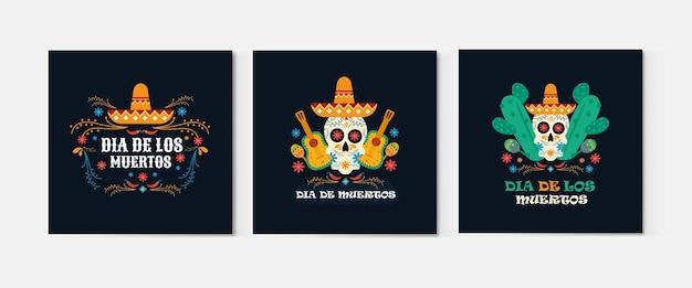 Set ansichtkaarten voor de mexicaanse dag van de doden in kostuums versierd met een schedel en muziekinstrumenten tegen een achtergrond van bloemen en bladeren.