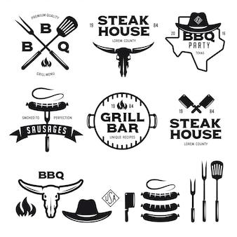 Set barbecue steak house grill bar etiketten badges emblemen en ontwerpelementen