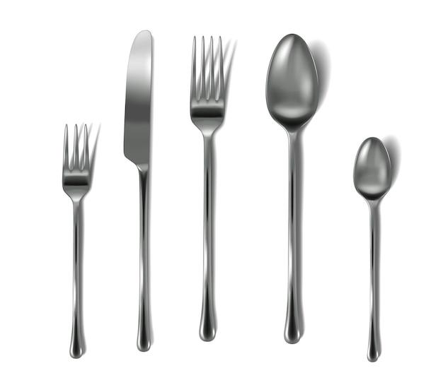 Set bestek realistisch. zilveren vorken, mes en lepels voor serviesgoed. zilverwerk collectie.