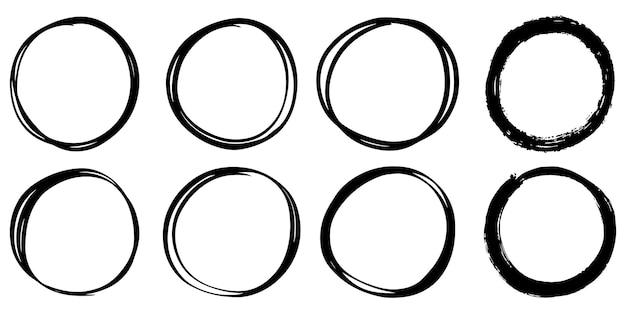 Set hand getrokken vector doodle cirkel lijn schets geïsoleerd op een witte achtergrond.