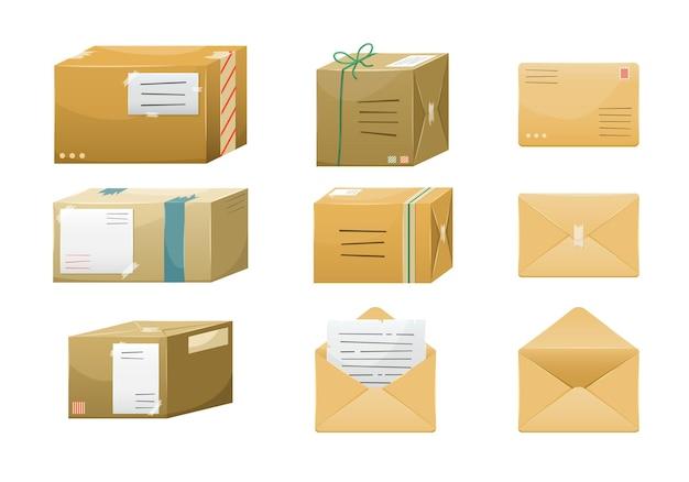 Set illustraties van postpakketten in dozen met een afleveradres en enveloppen