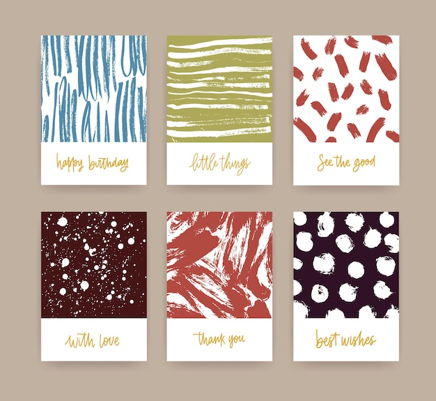 Set kaartsjablonen versierd met handgetekende texturen met verfsporen, vlekken, krabbel en handgeschreven wensen