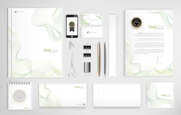 Set kantoordocumenten voor bedrijven inclusief laptop tablet smartphone pen potloden paperclip