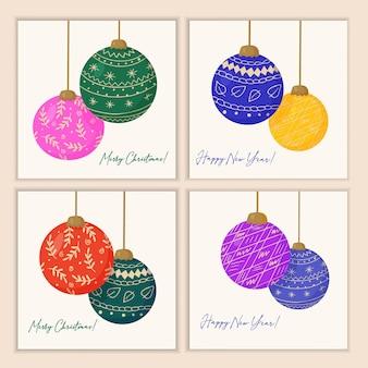 Set kerstkaarten met versieringen voor de nieuwjaarsboom gemaakt van felgekleurde glazen bollen
