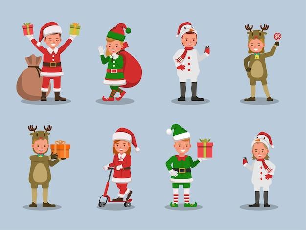 Set kinderen jongen en meisje kerst kostuums karakter dragen