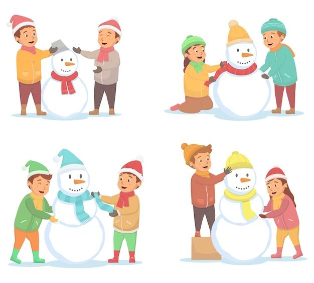 Set kinderen maakte verschillende sneeuwmannen