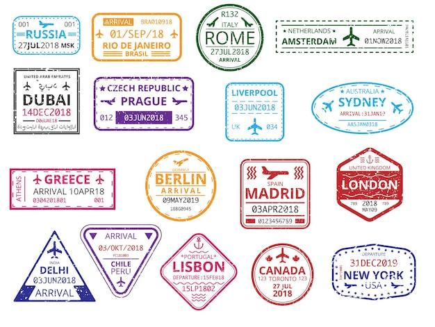 Set kleur grens aangepaste stempels in paspoort geïsoleerd op een witte achtergrond