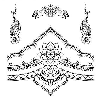 Set mehndi-bloemenpatroon voor henna-tekening en tatoeage. decoratie in etnische oosterse, indiase stijl. doodle ornament. overzicht