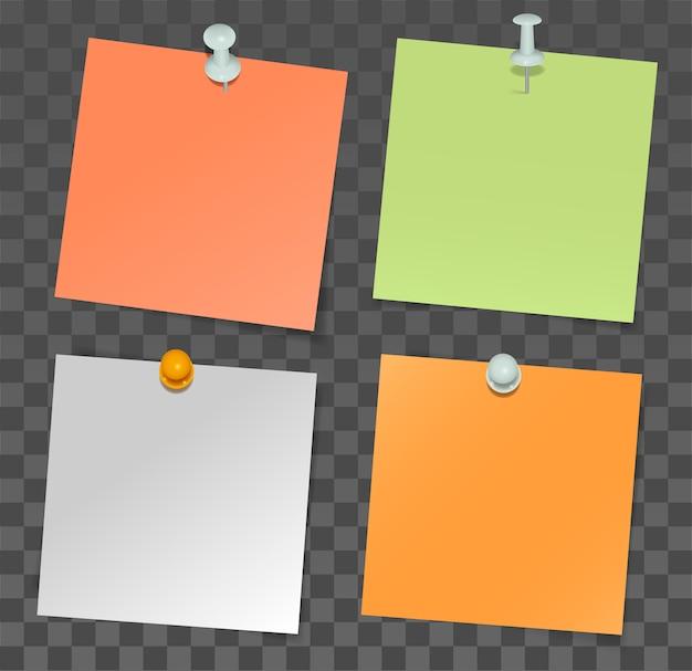 Set papieren stickers voor notities en punaise op transparante achtergrond