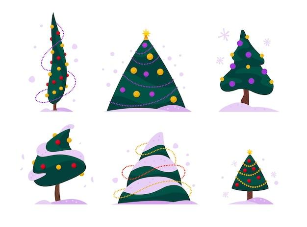 Set platte kerstbomen verschillende vormen versierd met slingers en ballen