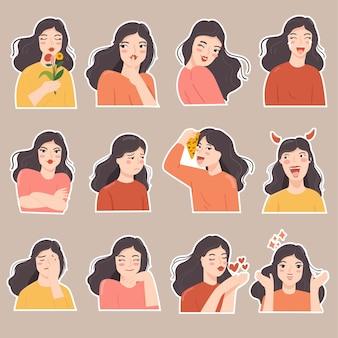 Set sticker leuke vrouw in verschillende expressie