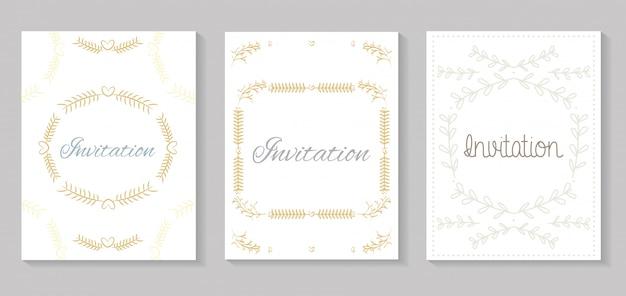 Set uitnodigingskaarten met bladeren gouden kalligrafie