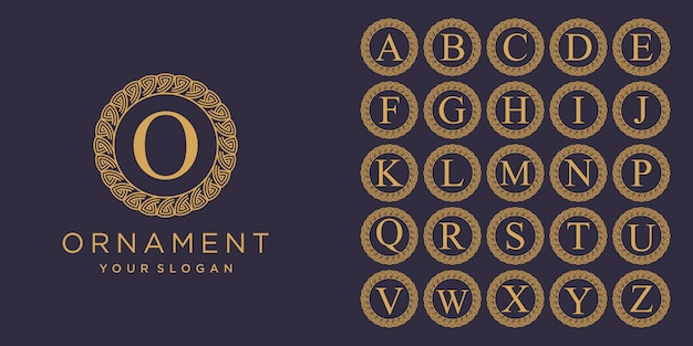 Set van beginletter luxe ornament monogram logo. decoratieve kroonring set. luxe zilveren eerste alfabet logo sjabloon.